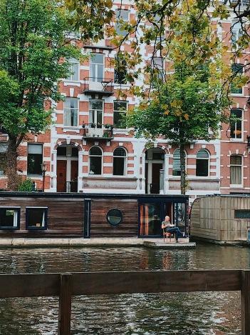 Chiller boat house